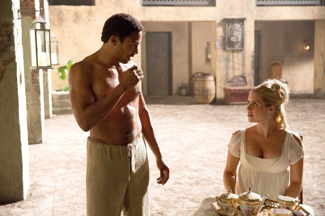 Waren Marcel (Charles Davis, l.) und Rebekah (Claire Holt, r.) früher mehr als nur Freunde? - Bildquelle: Warner Bros. Television