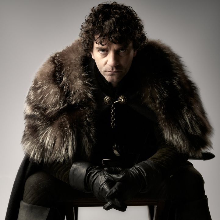 Machthungrig und intrigant: Lord Warwick (James Frain) ... - Bildquelle: 2013 Company Television Limited LEGAL