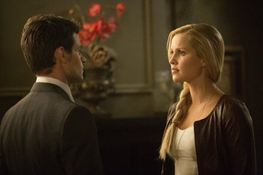 Elijah und Rebekah - Bildquelle: Warner Bros. Entertainment Inc.