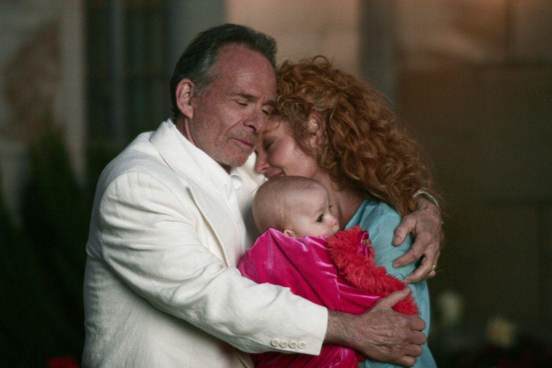 Sloanes Traumwelt: Emily (Amy Irving, r.) und Sloane (Ron Rifkin, l.) ... - Bildquelle: Touchstone Television