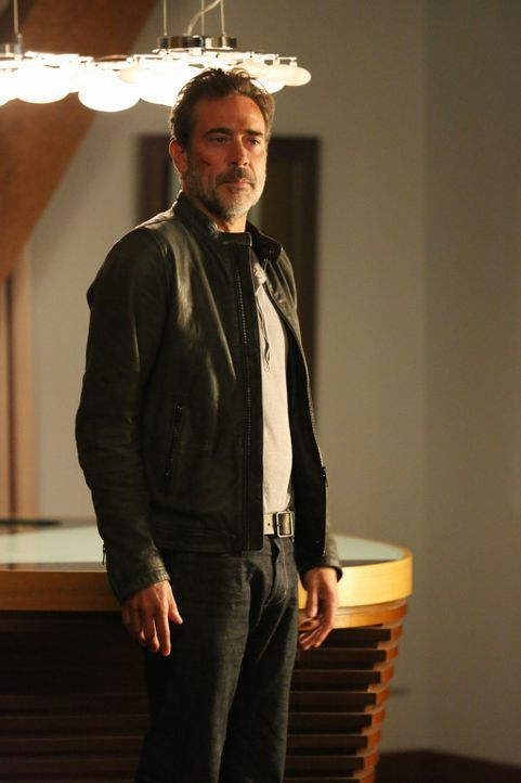 So schnell lässt sich JD (Jeffrey Dean Morgan) nicht von einem Fall abziehen, oder? - Bildquelle: Michael Yarish 2015 CBS Broadcasting Inc. All Rights Reserved.