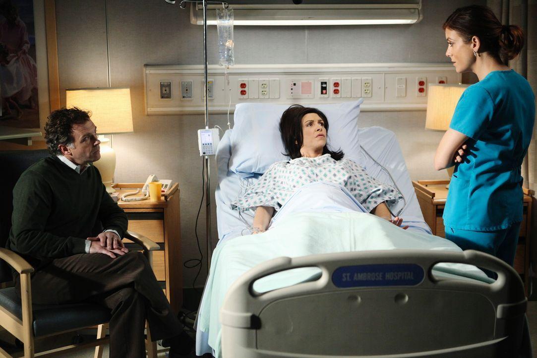 Ein neuer anstrengender Tag: Addison (Kate Walsh, r.) muss sich um Frank (David Eigenberg, l.) und Isobelle (Amy Pietz, M.) kümmern, die ein Baby m... - Bildquelle: ABC Studios