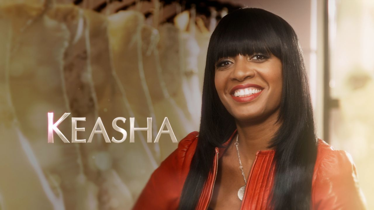 Keasha ist die Meisterin, wenn es darum geht, eine Frau mit dem perfekten Hochzeitskleid glücklich zu machen ... - Bildquelle: Copyright 2012 All Rights Reserved  KPD Productions Inc.