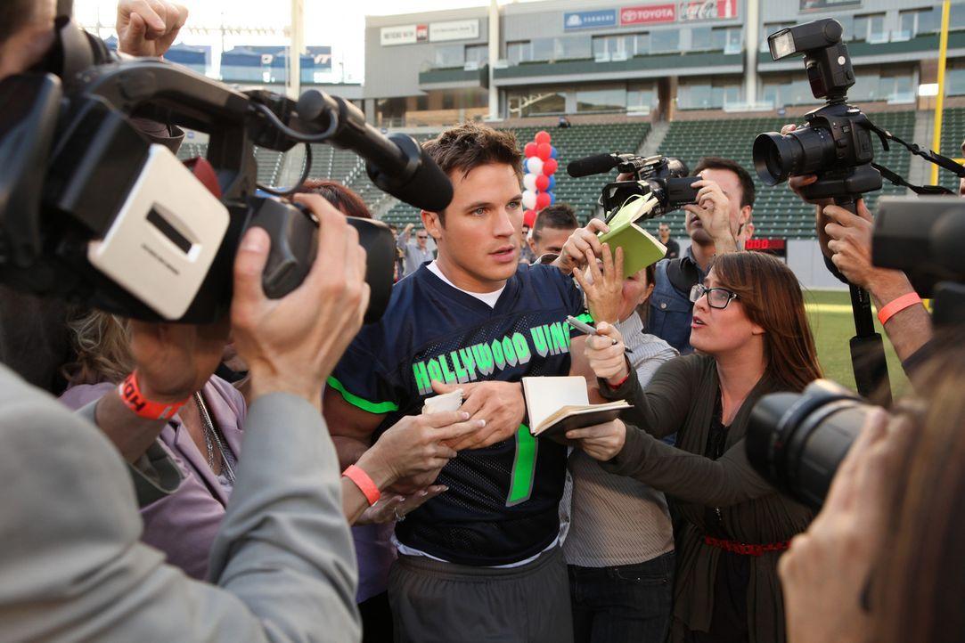 Liam Court (Matt Lanter) wird nach seinem letzten Rugby - Coup von der Presse gefeiert. Eigentlich will er nur seiner Leidenschaft nachgehen und nic... - Bildquelle: 2013 The CW Network. All Rights Reserved