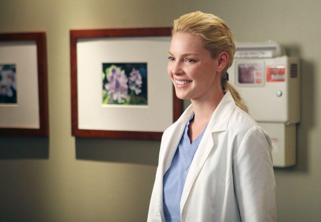 Izzie (Katherine Heigl) kümmert sich um die 17-jährige Heather, die wegen einer stark verkrümmten Wirbelsäule leiden muss... - Bildquelle: Touchstone Television