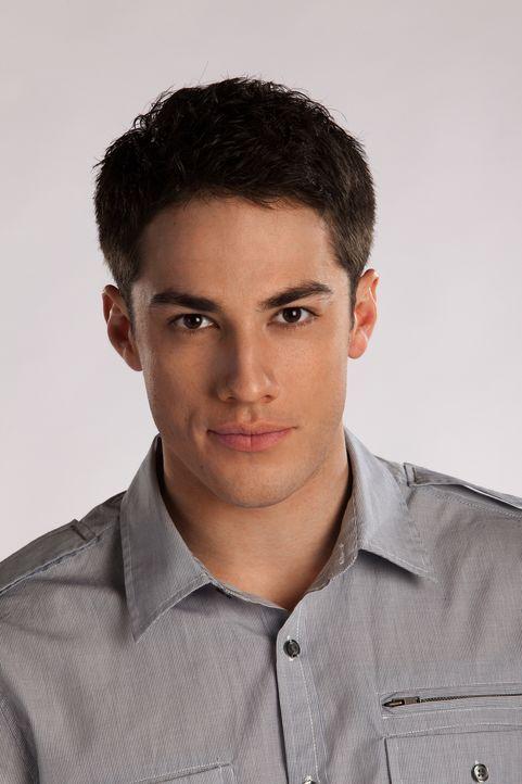 (1. Staffel) - Der großspurige Tyler (Michael Trevino) ist ein Macho wie er im Buche steht. - Bildquelle: Warner Brothers