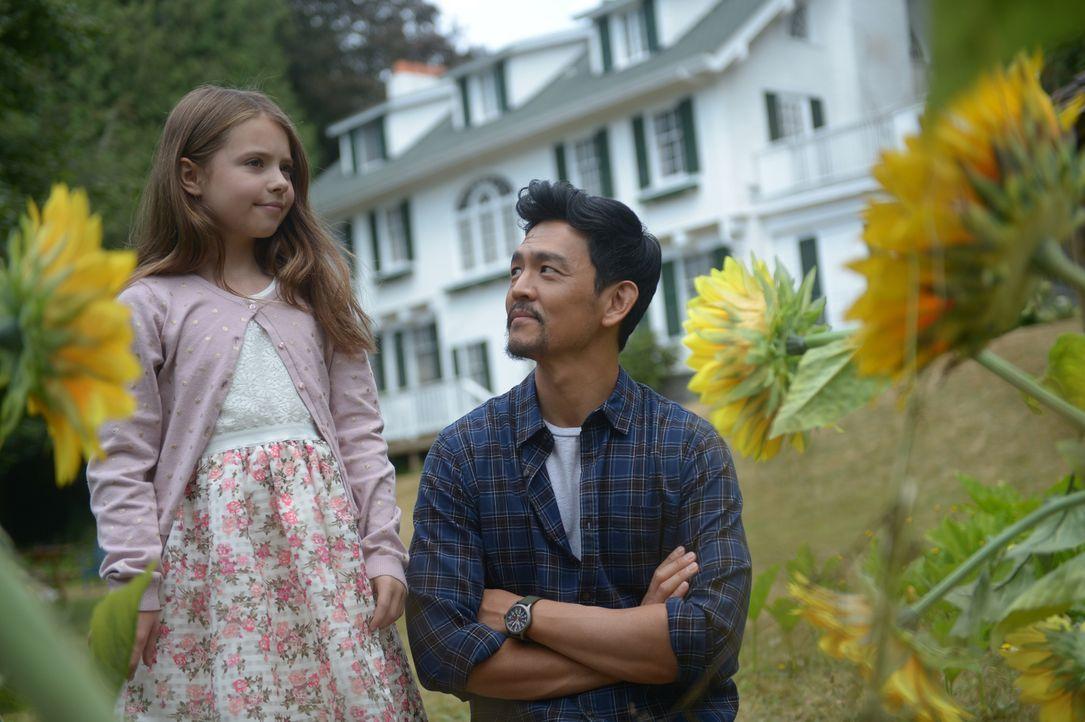 Andy (John Cho, r.) will der kleinen Grace (Amélie Eve, l.) helfen, endlich mit ihren Ängsten zurechtzukommen ... - Bildquelle: 2017 Fox and its related entities.  All rights reserved.