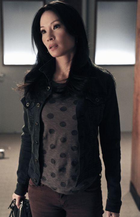 Ist positiv von Sherlock überrascht, als dieser ihre Familie kennenlernt: Joan Watson (Lucy Liu) ... - Bildquelle: CBS Television