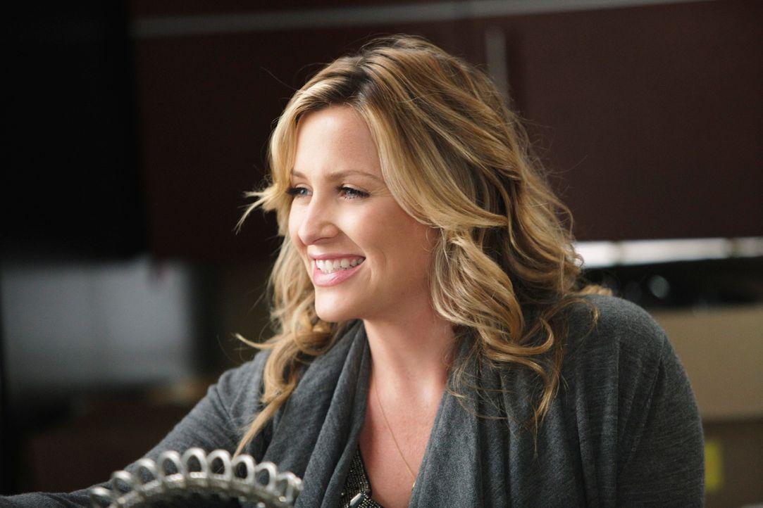 Während für Arizona (Jessica Capshaw) und Callie der Abschied immer näher rückt, bringt Owen die Assistenzärzte durch eine schwere Übung in der Unfa... - Bildquelle: ABC Studios