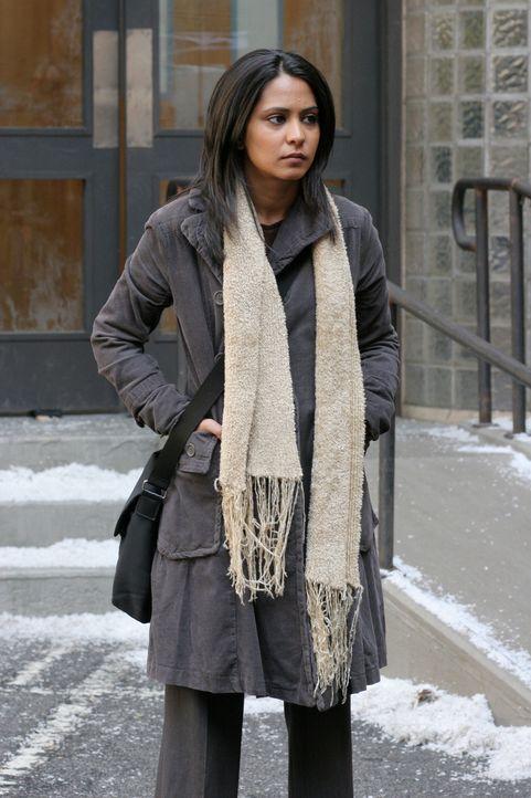 Obwohl Neela (Parminder Nagra) die Stelle in der Chirurgie bekommen hat, plagt sie großer Kummer ... - Bildquelle: Warner Bros. Television