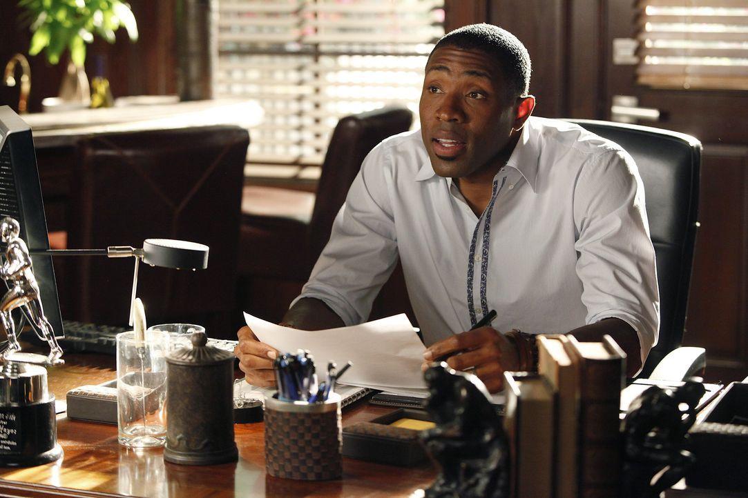 Eigentlich hatte Lavon (Scott Porter) geplant, durch seine Zusammenarbeit mit Lemon eine Freundschaft aufzubauen, aber so wirklich scheint das nicht... - Bildquelle: Warner Bros.