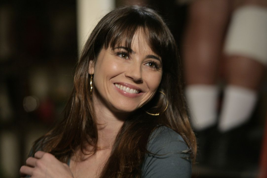 Sam (Linda Cardellini) erkennt, dass ihr Tony immer noch viel bedeutet ... - Bildquelle: Warner Bros. Television