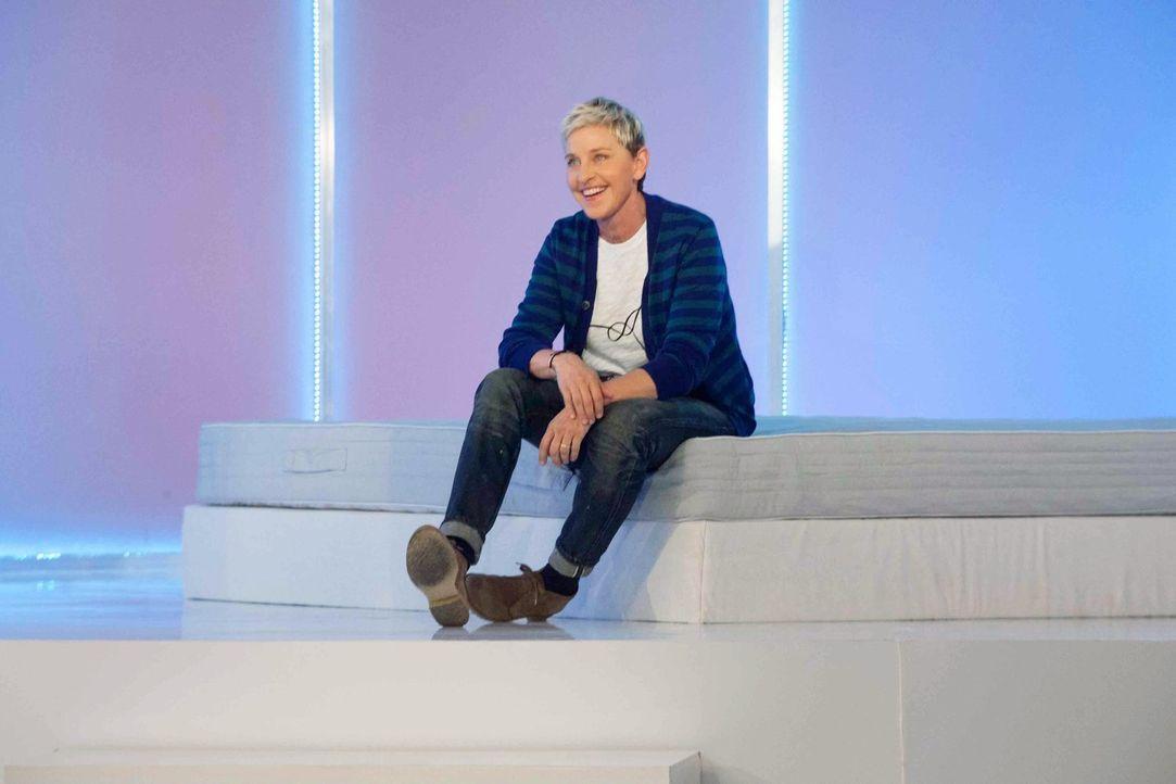 Gleich die erste Aufgabe hat es in sich: Ellen DeGeneres wünscht sich von ihren Designer außergewöhnliche Betten ... - Bildquelle: Warner Bros.