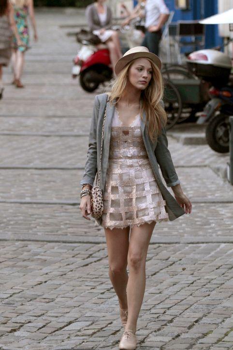 Genießt ihren Aufenthalt in Paris in vollen Zügen: Serena (Blake Lively) ... - Bildquelle: Warner Brothers