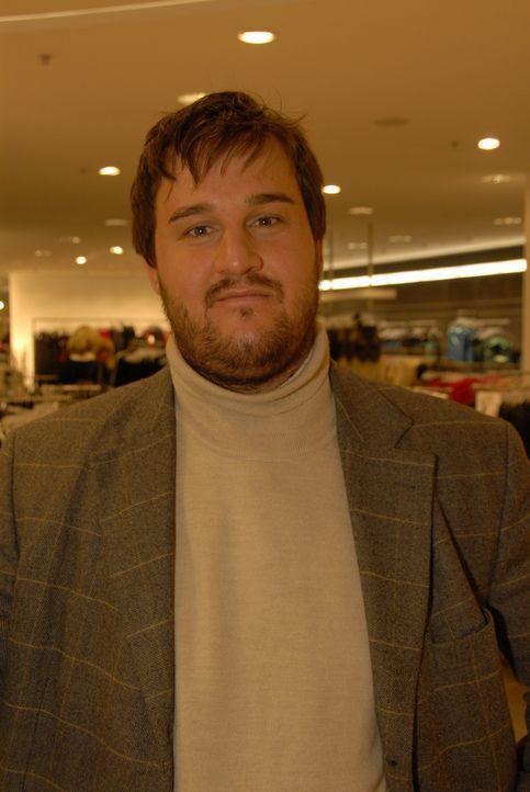 Ludwig hofft auf die Beratung der Kandidaten, um auch mit seinem Outfit bei einem Blind-Date zu überzeugen. - Bildquelle: Walter Wehner Sat.1