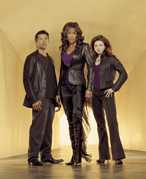 (3. Staffel) - Das Team für die Suche nach Vermissten: Antonio Cortez (Mark Consuelos, l.), Nicole Scott (Vivica A. Fox, M.) und Jess Mastriani (Ca... - Bildquelle: Sony Pictures Television International. All Rights Reserved.