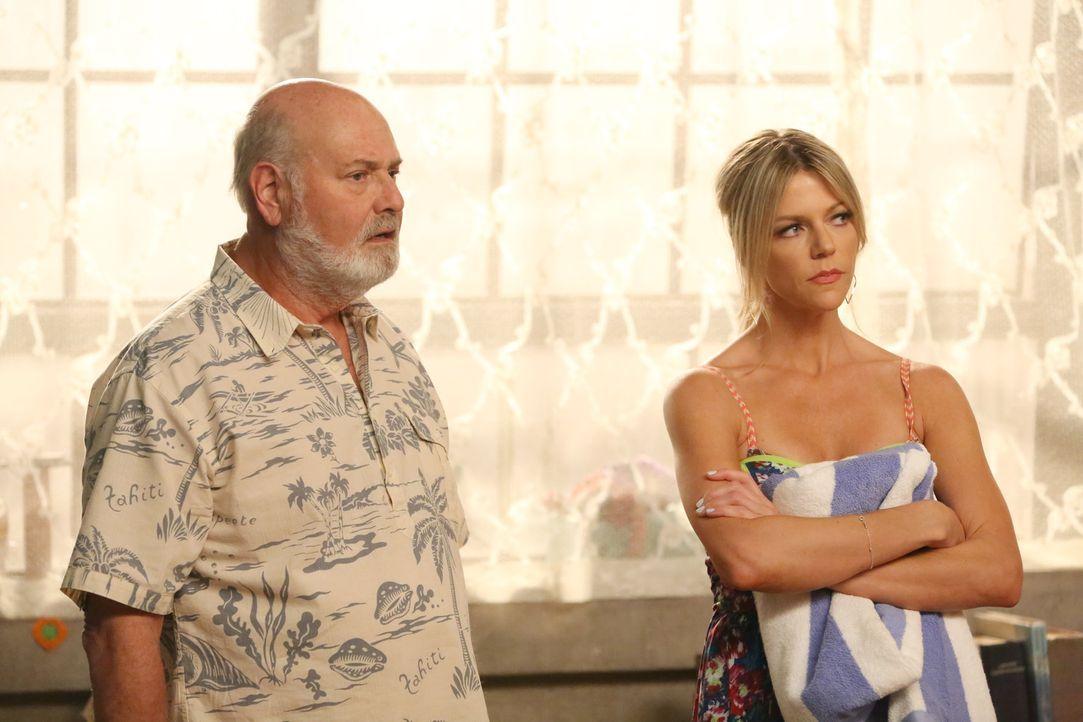 Bob (Rob Reiner, l.) und Ashley (Kaitlin Olson, r.) sind enttäuscht, als sie merken, wie viel Ablehnung ihnen entgegengebracht wird ... - Bildquelle: 2014 Twentieth Century Fox Film Corporation. All rights reserved.