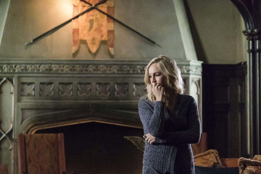 Die schwere Zeit verändert Caroline - Bildquelle: Warner Bros. Entertainment Inc.