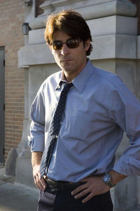 Selbst in großer Sorge um Alex, versucht Luka (Goran Visnjic) Sam so gut wie es geht zu unterstützen ... - Bildquelle: Warner Bros. Television