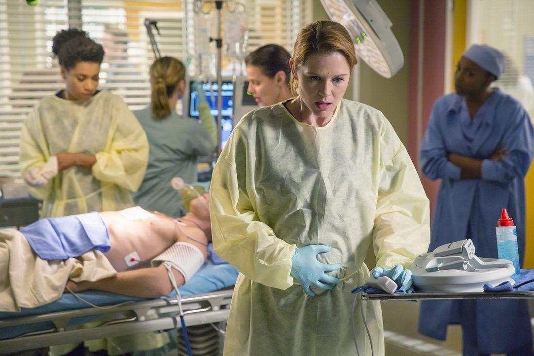 Muss lernen, der grausamen Realität in die Augen zu sehen: April (Sarah Drew) ... - Bildquelle: ABC Studios