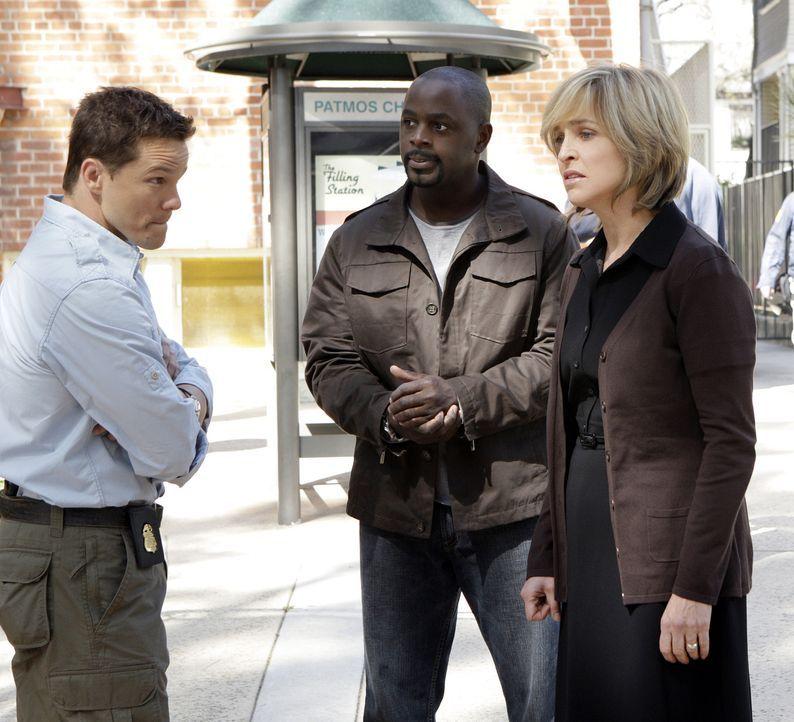 Bei ihren Ermittlungen stoßen Coby (Dylan Bruno, l.) und David (Alimi Ballard, M.) auf Susan Doran (Jill Eikenberry, r.). Doch hat sie etwas mit dem... - Bildquelle: Paramount Network Television