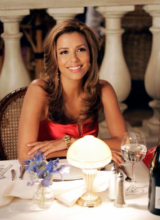 Freut sich auf ein Abendessen mit einem alten Vertrauten: Gabrielle (Eva Longoria) ... - Bildquelle: 2005 Touchstone Television  All Rights Reserved