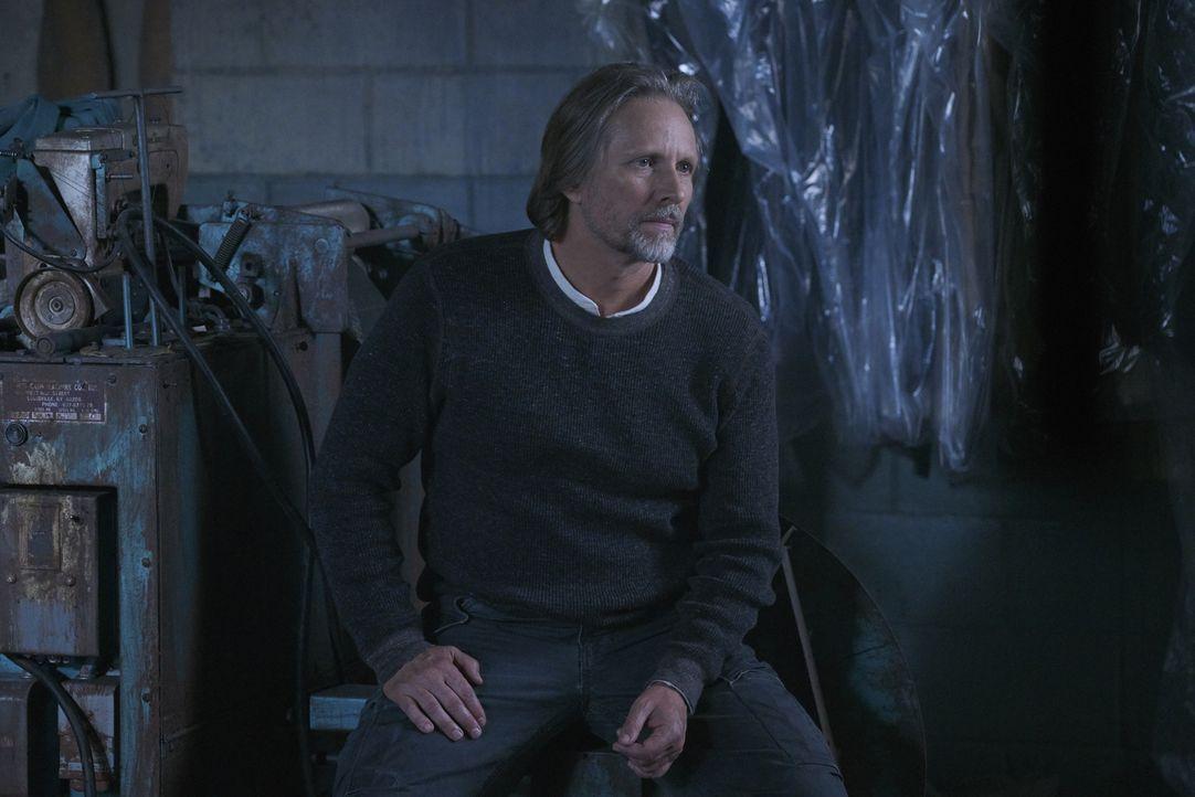 Jeremy macht Clay bewusst, dass sie im Moment keine Auseinandersetzung mit dem russischen Alpha gebrauchen können, nicht ahnend, dass Sasha (John Ra... - Bildquelle: 2016 She-Wolf Season 3 Productions Inc.