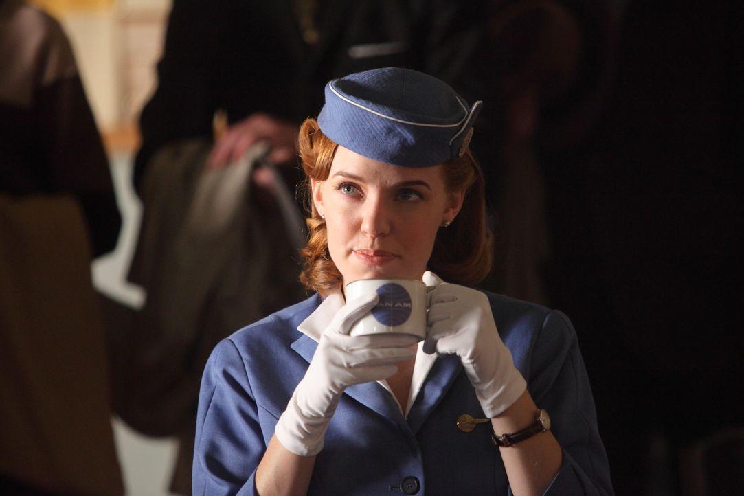 Kate (Kelli Garner) setzt sich für die Freilassung ihrer Kolleginnen ein und bekommt von unerwarteter Seite Hilfe ... - Bildquelle: 2011 Sony Pictures Television Inc.  All Rights Reserved.