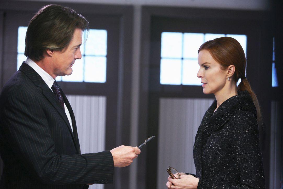 Orson (Kyle MacLachlan, l.), bringt Bree dazu, ihre Firma zu verkaufen, damit er wieder glücklich wird und nicht mehr stiehlt. Doch kurz vor dem Ver... - Bildquelle: ABC Studios
