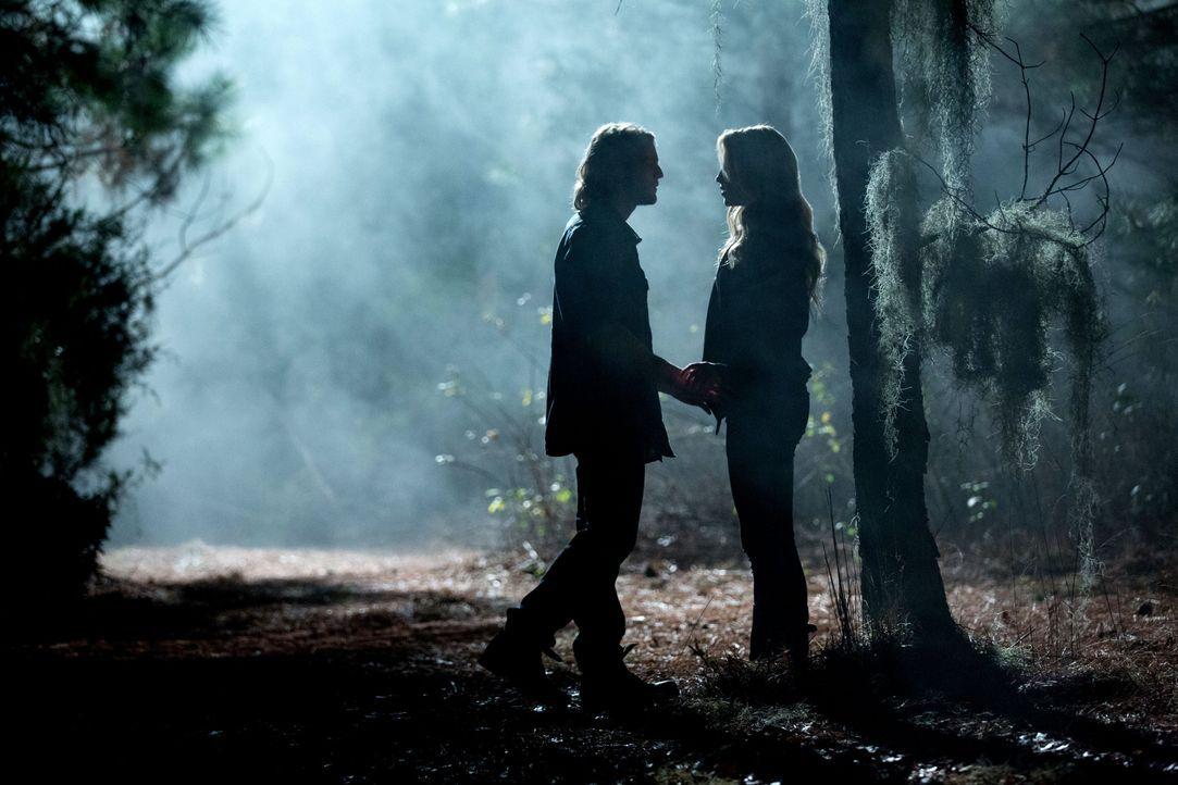 Treffen in der Nacht - Bildquelle: Warner Bros. Entertainment Inc.