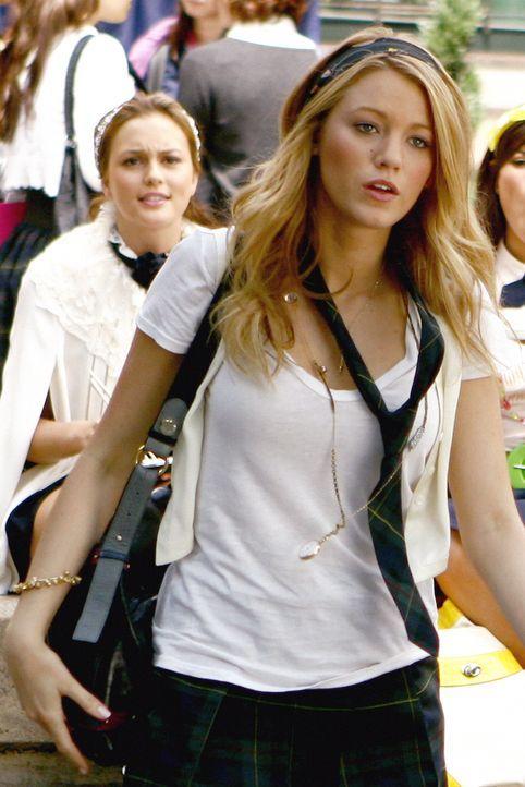 Serena (Blake Lively) ist nach ihrer erneuten Trennung von Dan das Gesprächsthema Nummer eins ... - Bildquelle: Warner Brothers