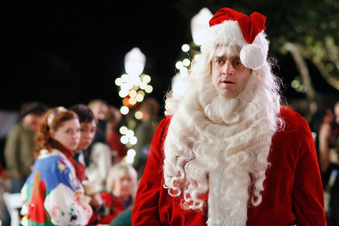 In der Wisteria Lane steht die alljährliche Weihnachtsfeier an. Mrs. McClusky hat mittlerweile alles daran gesetzt, die Bewohner über den neuen Nach... - Bildquelle: 2005 Touchstone Television  All Rights Reserved