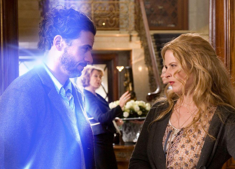 Erst sehr spät erkennt Jana (Diana Amft, r.), dass Toms (Stephan Luca, l.) Überleben nur von ihr allein abhängt ... - Bildquelle: Dirk Dunkelberg Sat.1