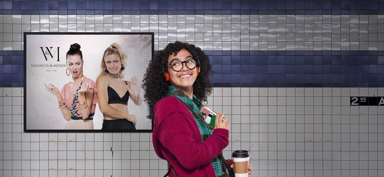 (1. Staffel) - Betty in New York - Artwork - Bildquelle: 2019 Telemundo Television Studios, LLC. ALL RIGHTS RESERVED.