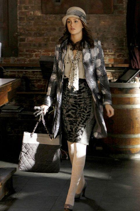 Blair (Leighton Meester) kommt sofort herangeeilt, als sie erfährt, dass Chuck aus seinem eigenen Hotel geschmissen wurde. - Bildquelle: Warner Brothers