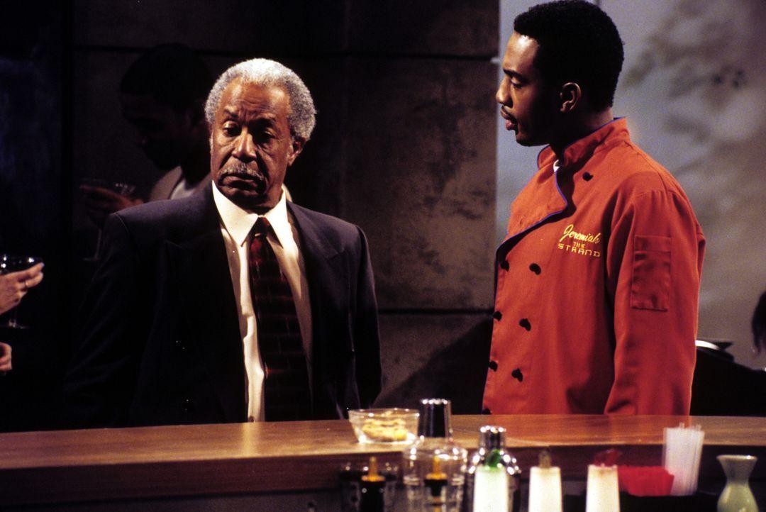 Jeremiah (Bill Bellamy, r.) ist auf der Suche nach einer Frau fürs Leben ... - Bildquelle: Paramount Television