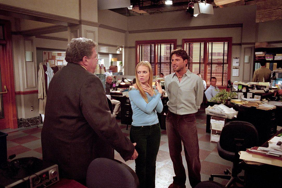 Leider stellt sich heraus, dass Josh (David Lascher, r.) keine Zeit mehr für Sabrina (Melissa Joan Hart, M.) hat, denn sein neuer Chef Mike Shelby... - Bildquelle: Paramount Pictures