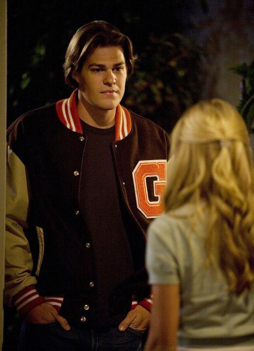 Können sich Jack (Greg Finley, l.) und Grace (Megan Park, r.) endlich aussprechen? - Bildquelle: ABC Family