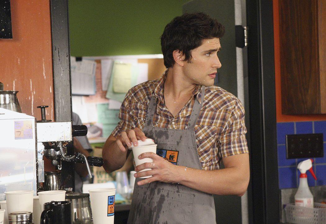Kyle (Matt Dallas) hat alle Hände voll zu tun und leider keine Zeit für Jessi, die das Cafe traurig verlässt ... - Bildquelle: TOUCHSTONE TELEVISION