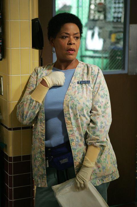 Eine gute Seele: Schwester Haleh (Yvette Freeman) ... - Bildquelle: Warner Bros. Television