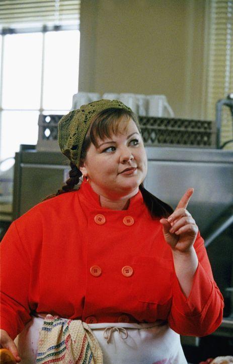 Kann Sookie (Melissa McCarthy) Lorelei und auch Rory helfen, mit ihren Gefühlen und Beziehungsproblemen zurecht zu kommen? - Bildquelle: 2000 Warner Bros.