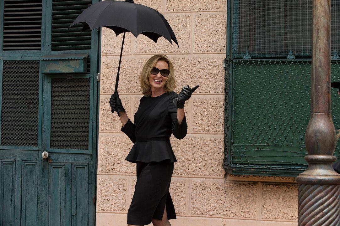 Auf der Suche nach der ewigen Jugend und nichts kann sie aufhalten: Fiona Goode (Jessica Lange) ... - Bildquelle: 2013-2014 Fox and its related entities. All rights reserved.