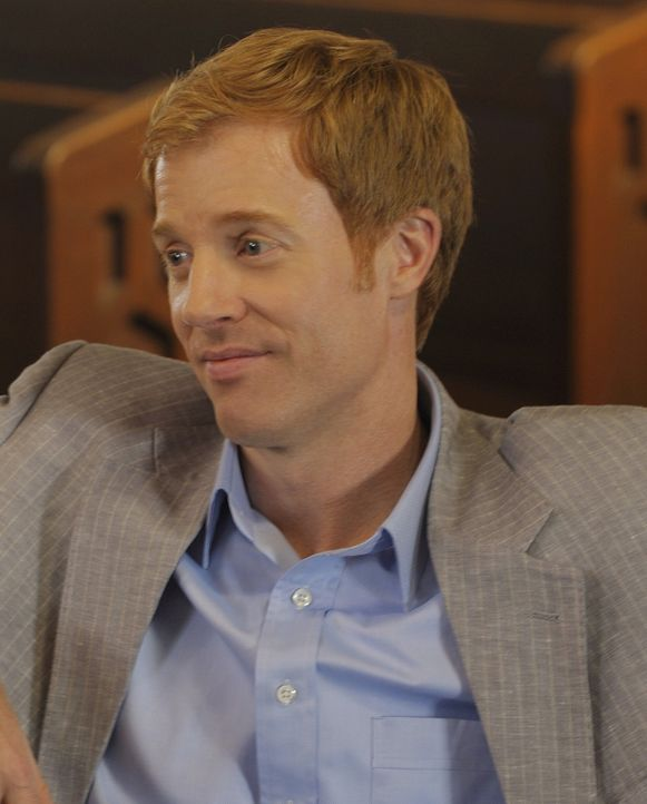 Richard (David Lewis) hat ein dunkles Geheimnis vor seiner Familie. Bisher ist Trish die einzige, die davon weiß ... - Bildquelle: 2009 CBS Studios Inc. All Rights Reserved.