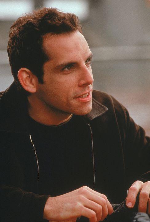Ted (Ben Stiller) bemerkt bald, dass er nicht der einzige ist, der die attraktive Mary begehrt. Jetzt muss er sich auch noch mit Privatdetektiven, P... - Bildquelle: 1998 Twentieth Century Fox Film Corporation. All rights reserved.