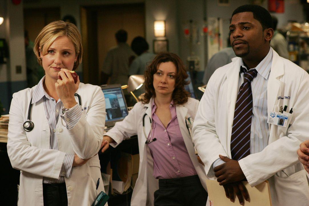 Susan (Sherry Stringfield, l.) und Pratt (Mekhi Phifer, r.) sind mit Abby, Neela und Ray nicht wirklich zufrieden ... - Bildquelle: Warner Bros. Television