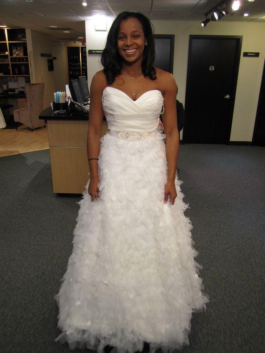 Asha ist auf der Suche nach dem perfekten Hochzeitskleid ... - Bildquelle: TLC & Discovery Communications
