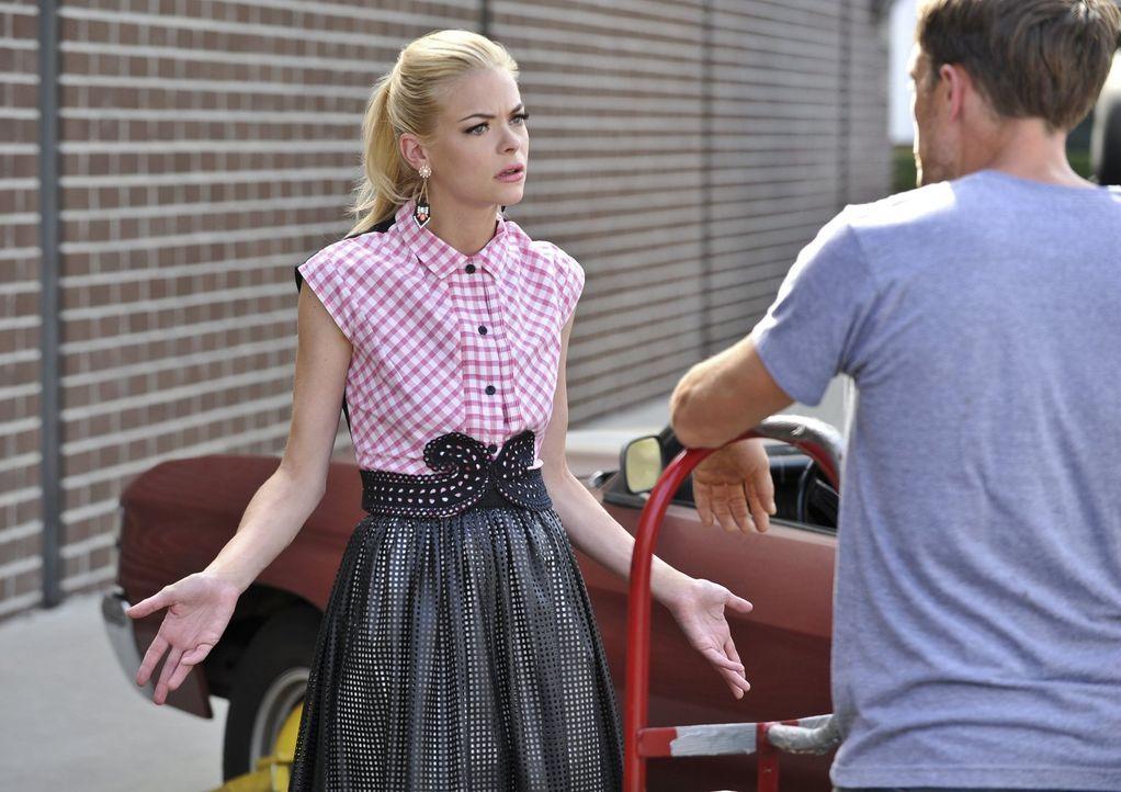 Hat die Beziehung mit Lavon Lemon (Jaime King) wirklich so verändert? - Bildquelle: 2014 Warner Brothers