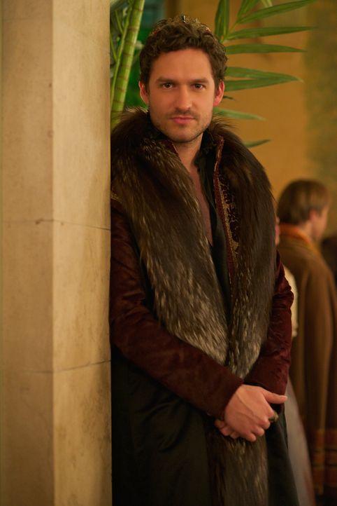 König Antoine (Ben Aldridge) plant gegen Mary vorzugehen, ob er seinen Bruder Condé dazu einspannen kann? - Bildquelle: Sven Frenzel 2014 The CW Network, LLC. All rights reserved.