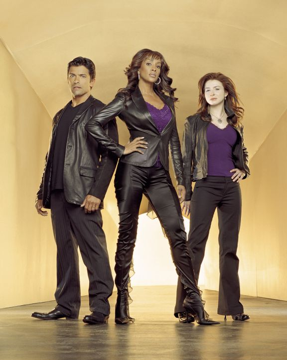 (3. Staffel) - Ein starkes Team: Antonio Cortez (Mark Consuelos, l.), Nicole Scott (Vivica A. Fox, M.) und Jess Mastriani (Caterina Scorsone, r.) - Bildquelle: Sony Pictures Television International. All Rights Reserved.