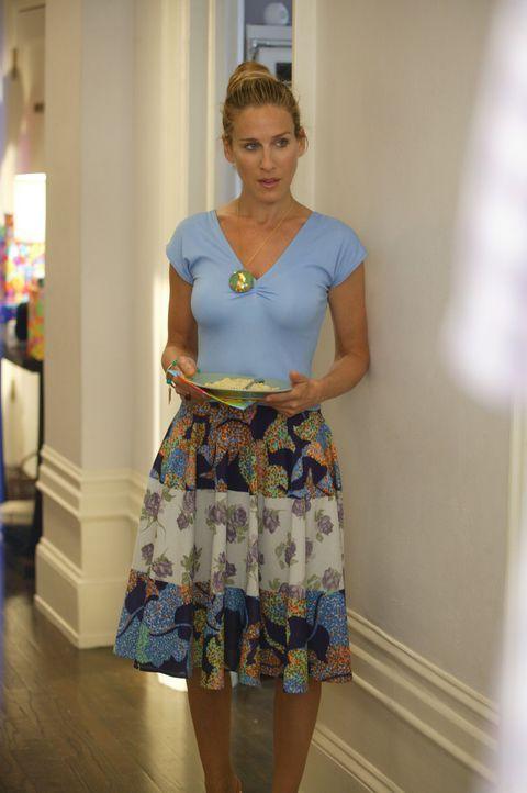 Carrie (Sarah Jessica Parker) lernt in einer Galerie einen netten Mann kennen ... - Bildquelle: Paramount Pictures